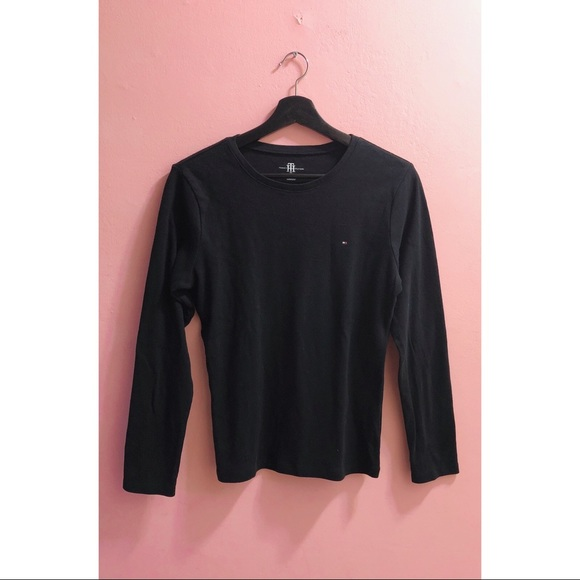 💥 3 for $20!💥 Tommy Hilfiger Long Sleeve Top